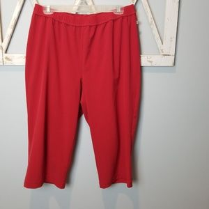 Chico's Zenergy red pull on crop pants Large